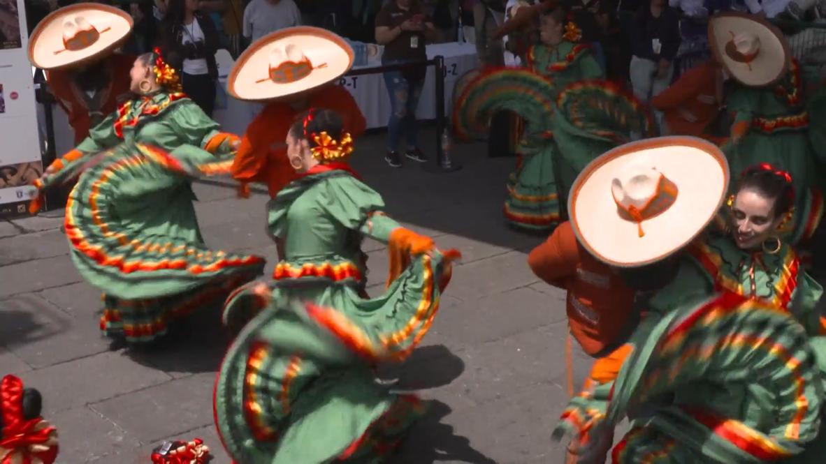 Guadalajara bate el récord Guinness de danza folclórica más grande del mundo al son de mariachis
