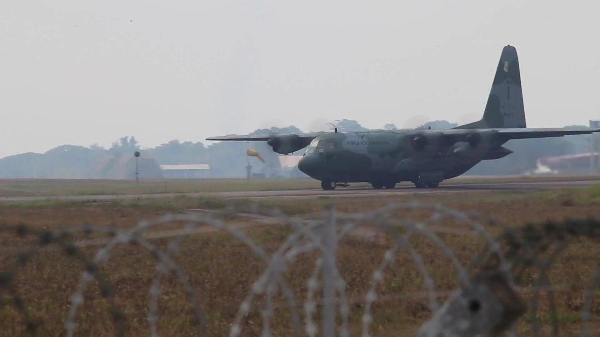 Brasil: Aviones militares reclutados para combatir las llamas en el Amazonas