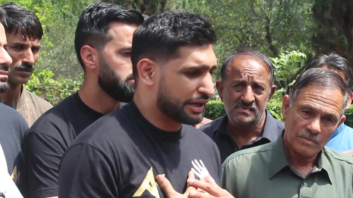 Pakistán: Boxeador británico Amir Khan visita la Línea de Control en solidaridad con Cachemira
