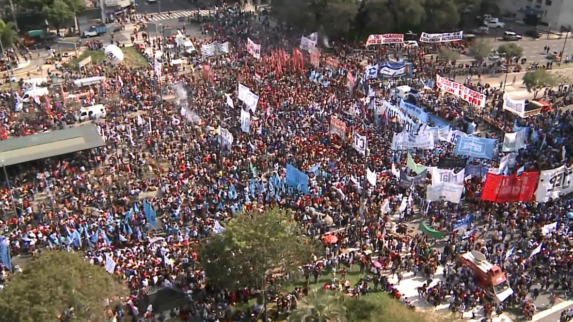 Argentina: Protestan contra Macri por el empeoramiento de las condiciones económicas