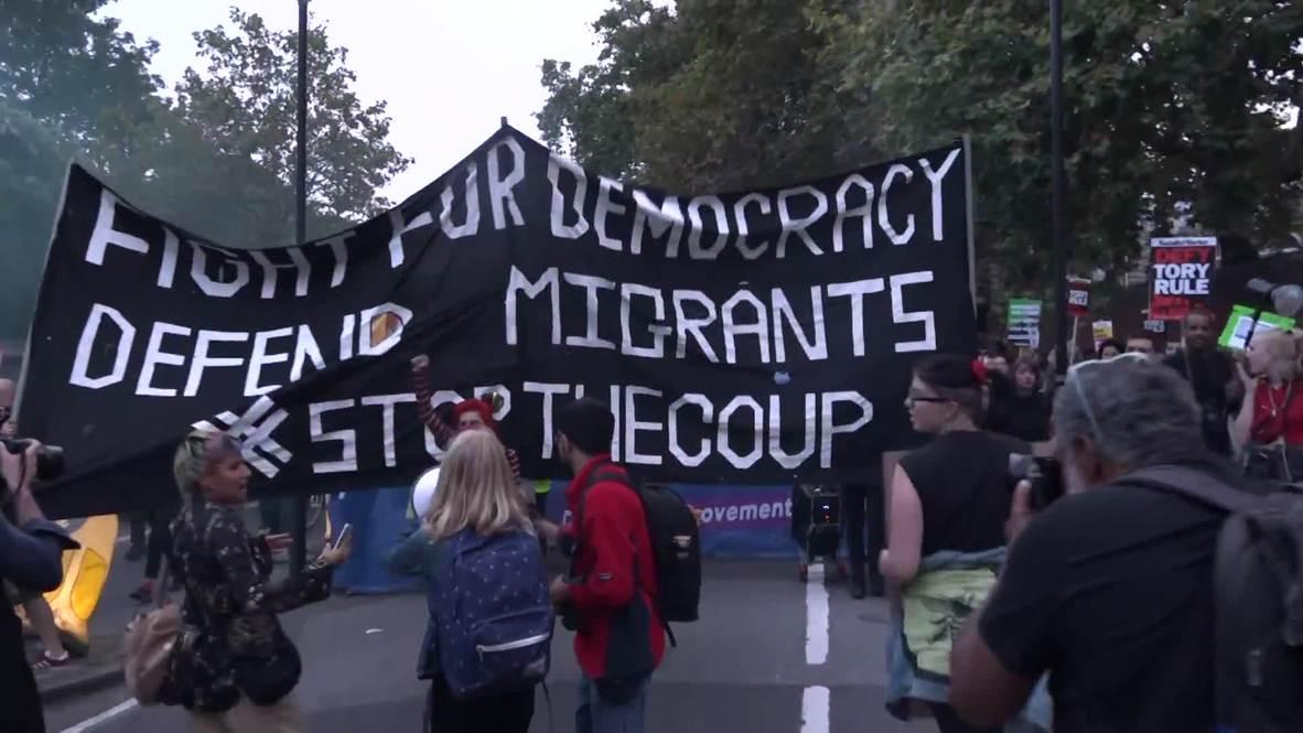 Reino Unido: Manifestantes marchan hasta el Parlamento antes de votación por un Brexit sin acuerdo
