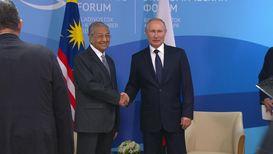 Россия: Путин встретился с делегациями Малайзии и КНР