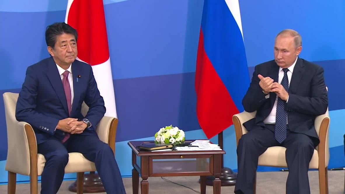 Russia: Putin, Abe meet in Vladivostok on sidelines of EEF