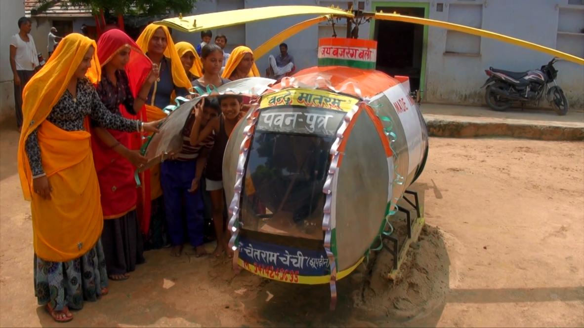 """¡Hijo del viento! - Estudiante indio construye un """"helicóptero"""" con residuos"""