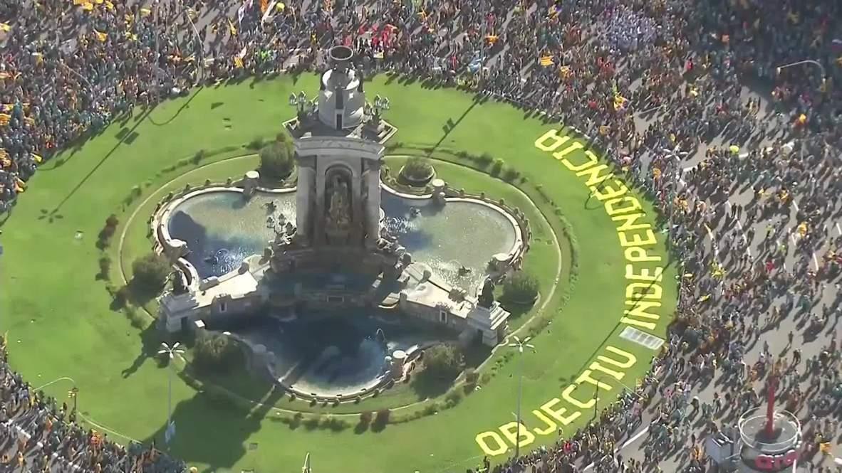 España: Miles de personas se manifiestan a favor de la independencia de Cataluña en la Diada