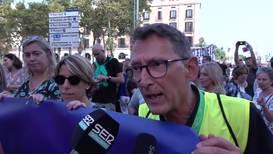 España: Vecinos de Barcelona protestan contra el aumento del crimen y la inseguridad