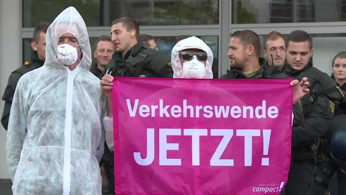 Germany: Environmentalists block entrance to Frankfurt's International Motor Show (IAA)