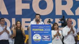 """Italia: """"No somos los esclavos de nadie"""" - Salvini habla a sus seguidores en un evento de la Liga"""