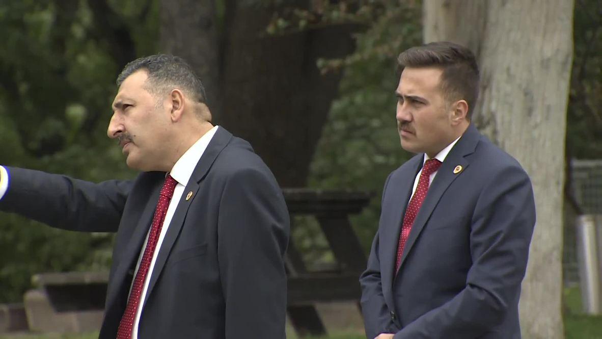 شنب عناصر أمن الرئيس التركي يلفت الانتباه خلال القمة الثلاثية حول سوريا