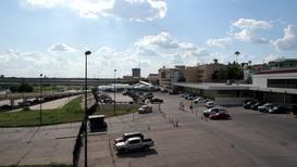 """EE.UU.: Nuevas """"cortes virtuales"""" en carpas inician las audiencias de asilo en la frontera sur"""