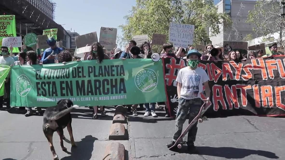 Chile: Climate strike hits capital Santiago