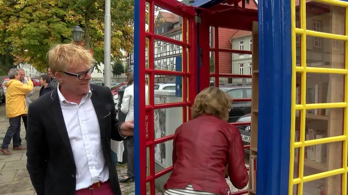 Brexit art installation 'Two voices' unveiled in Bad Gandersheim