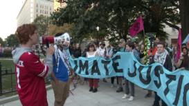 EE.UU.: Activistas bloquean calles de Washington DC para exigir acción climática