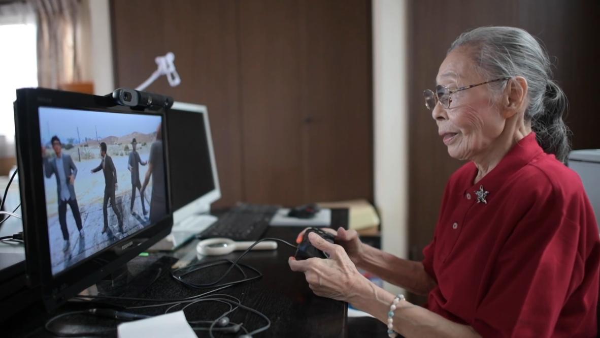 'Abuela Gamer' de Tokio mantiene su mente ágil gracias a los videojuegos