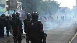 Ecuador: Police fire tear gas at fuel protest in Quito