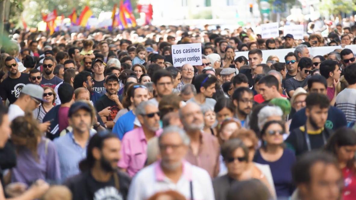 España: Miles toman las calles de Madrid en contra de las casas de apuestas