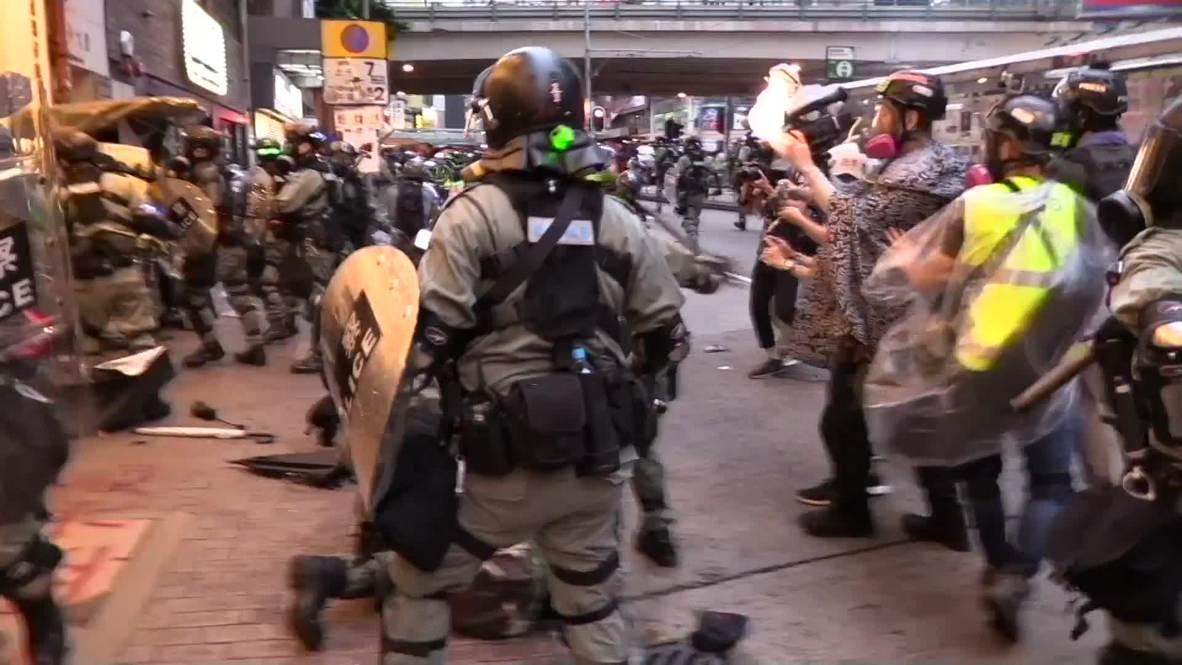 Hong Kong: Decenas de detenidos en las protestas por la prohibición de las máscaras faciales