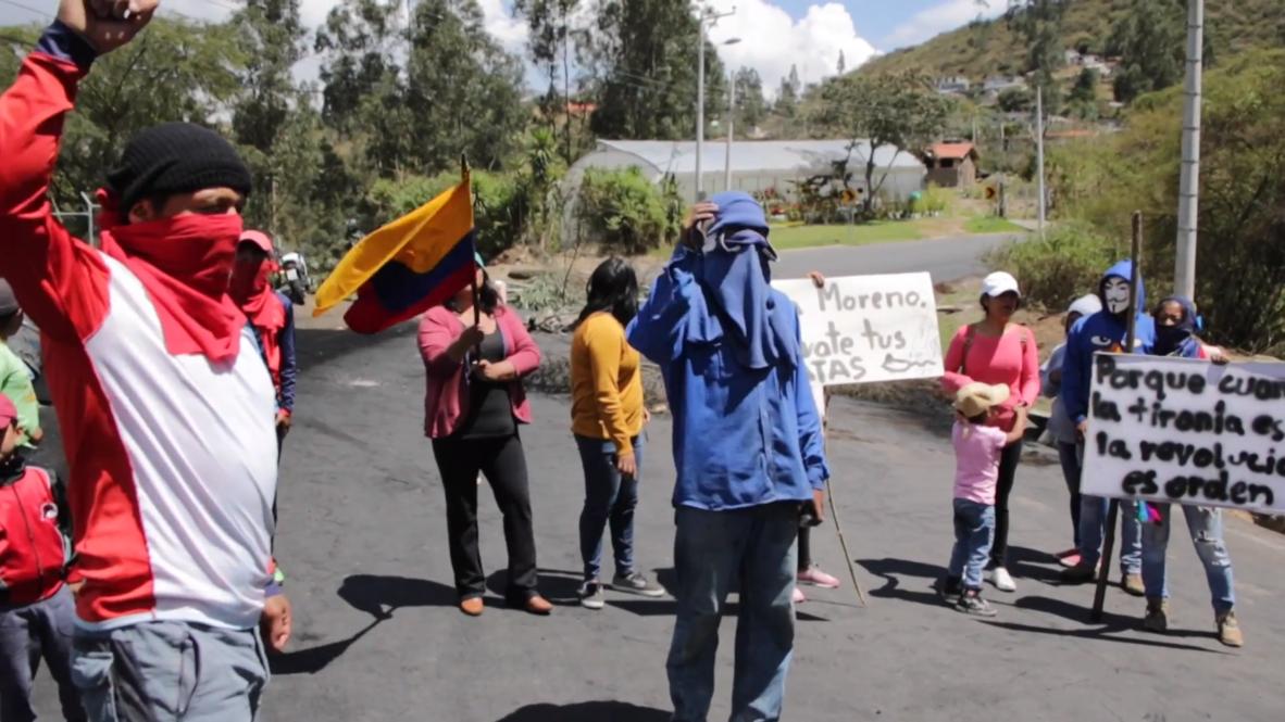Ecuador: Activistas indígenas bloquean caminos para protestar contra paquete económico de Moreno