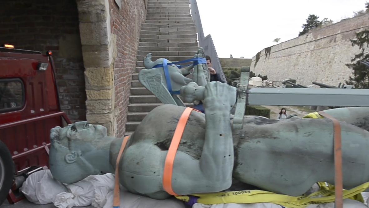 Victor Monument taken down for restoration works in Belgrade