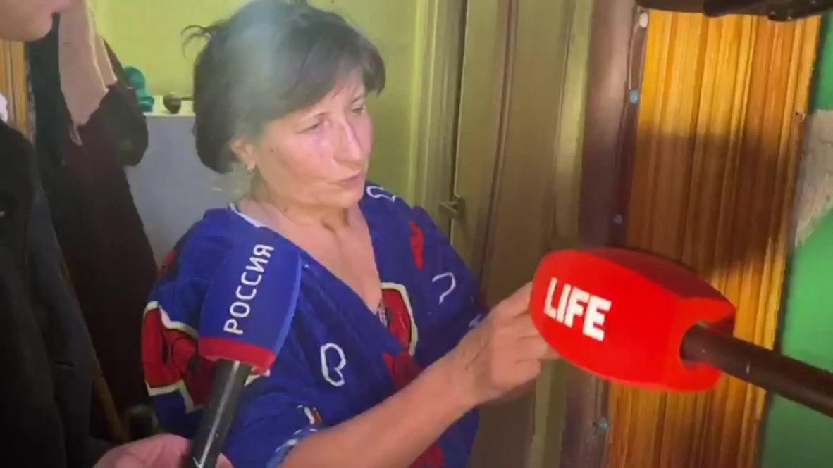 """Россия: """"Замечательный, добрый, умный"""". Журналисты поговорили с матерью предполагаемого убийцы"""