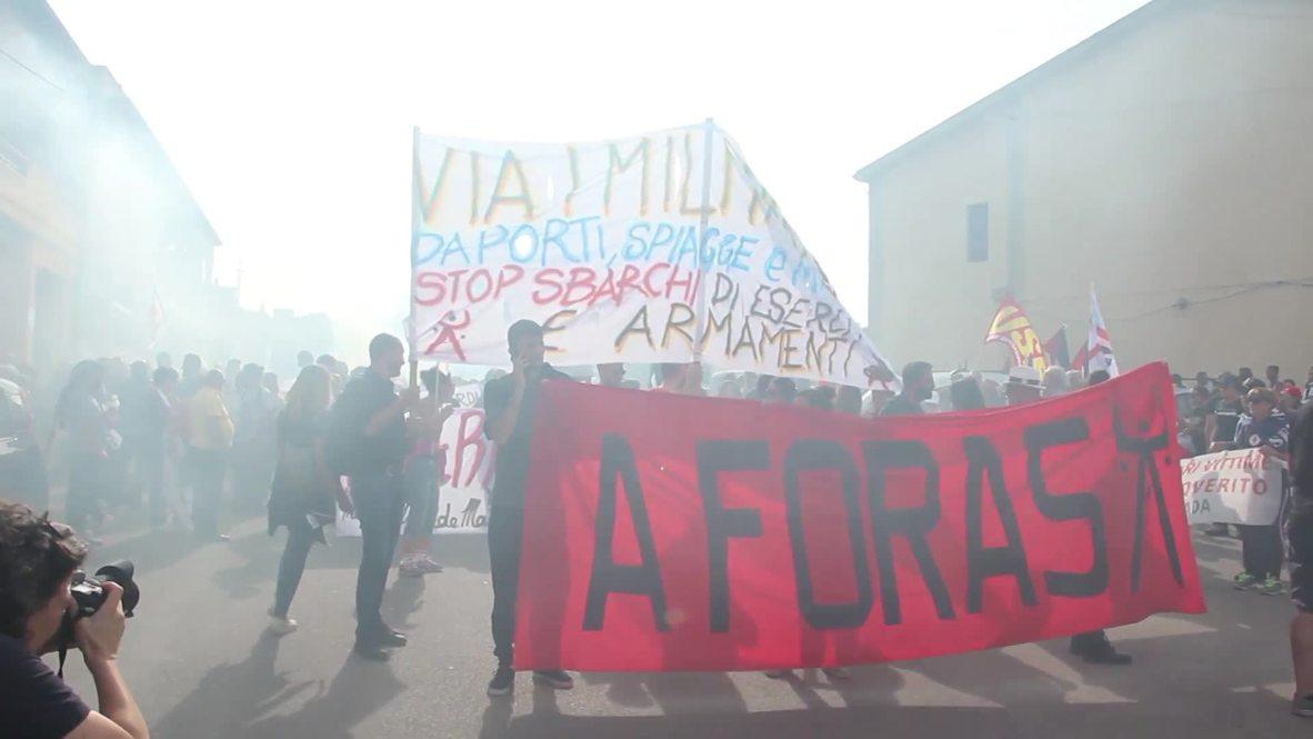 Italy: Hundreds protest NATO's presence in Sardinia