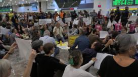 España: Independentistas bloquean estación principal de Barcelona en protesta contra la sentencia del 'procés'