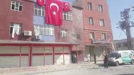 Turkey: Mortar fire hits residential building in Akcakale