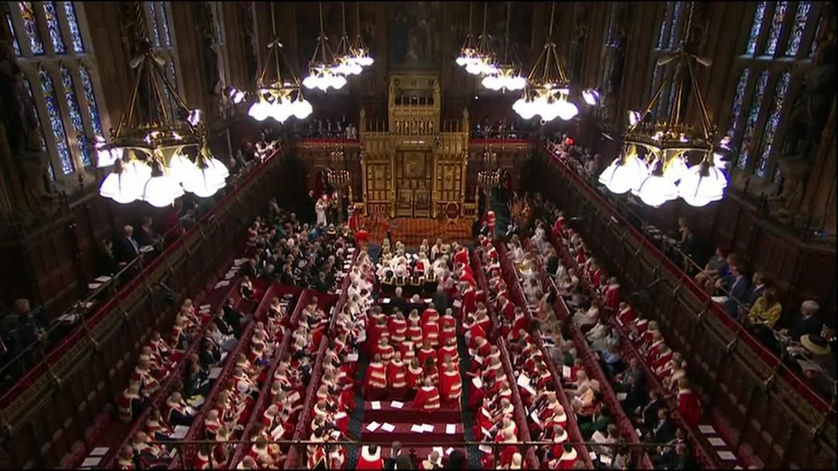 """المملكة المتحدة: الملكة إليزابيث تؤكد التزام بريطانيا بـ""""بريكست"""" في 31 أكتوبر"""