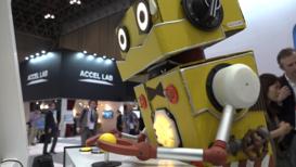 Japón: Robots del mundo, uníos... para la feria tecnológica CEATEC