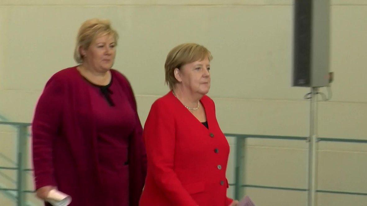 ألمانيا: ميركل تطالب تركيا بوقف عملياتها في شمال سوريا