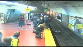 Argentina: Mujer cae a las vías del metro de Buenos Aires y escapa de la muerte de milagro