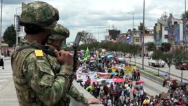 Colombia: Estudiantes y sindicatos marchan en Bogotá contra las reformas laborales y de pensiones