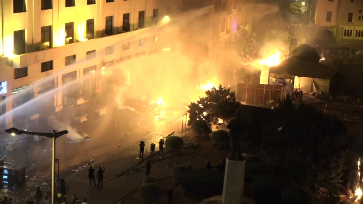 Líbano: Enfrentamientos entre la policía y los manifestantes en Beirut