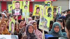 Siria: Miles de personas protestan en Kobani contra la muerte de civiles por la incursión turca