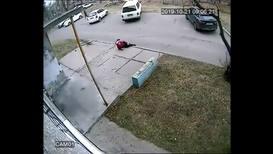 """Россия: """"Не справился с эмоциями"""" - водитель дважды переехал пенсионерку на своем автомобиле"""