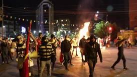 Bolivia: Violentos enfrentamientos frente al Tribunal Electoral de Cochabamba por el recuento de votos