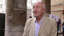 UK: Fmr London Mayor Ken Livingstone joins pro-Assange rally outside BBC HQ