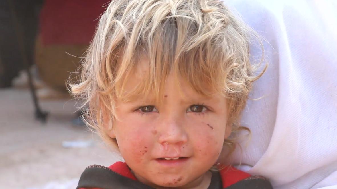 Siria: Lugareños huyen de la ofensiva respaldada por Turquía