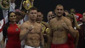 EE.UU.: Álvarez y Kovalev se pesan antes del combate por el título de los semipesados