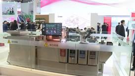 Máquina de separación de robot exhibida en una exposición en China
