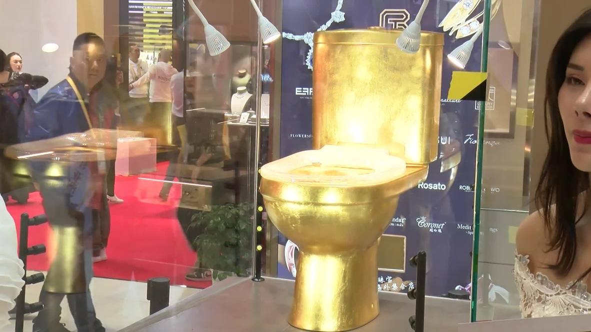 Flush loo - China's gold and diamond toilette
