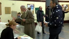 España: Los electores acuden a las urnas por cuarta vez en cuatro años