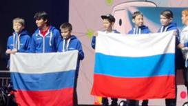 За родину, за роботов. Российская сборная юных робототехников победила на Олимпиаде в венгерском Дьёре