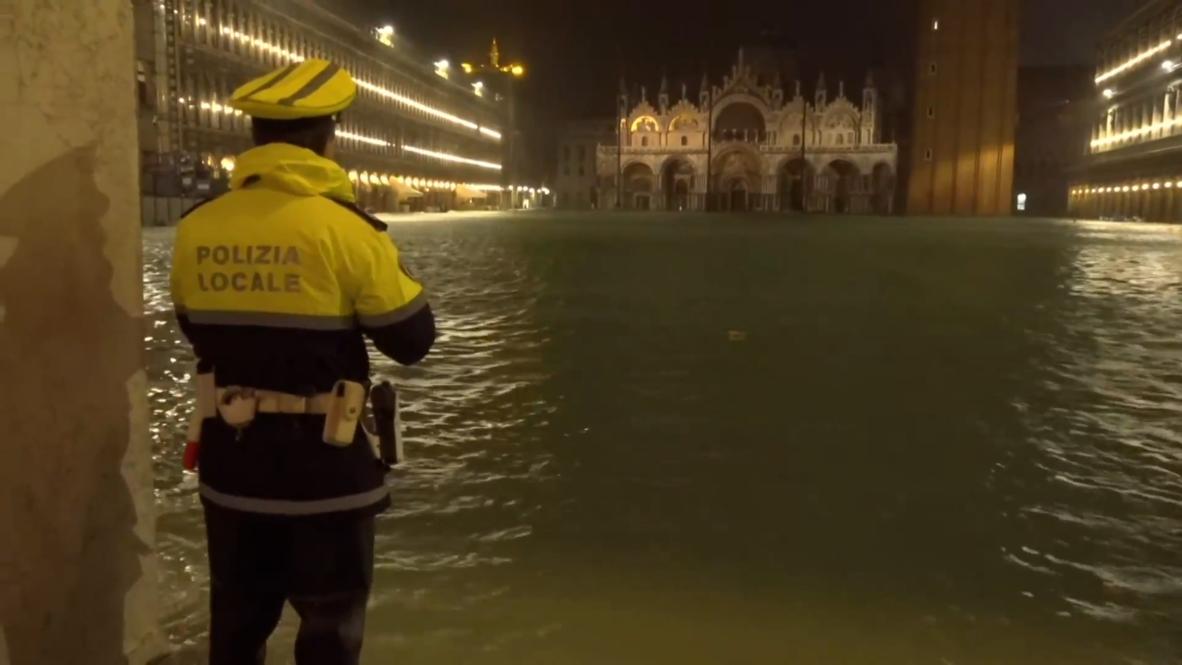"""""""Город на воде"""" оказался под водой. Венецию настигло сильнейшее наводнение за последние полвека"""