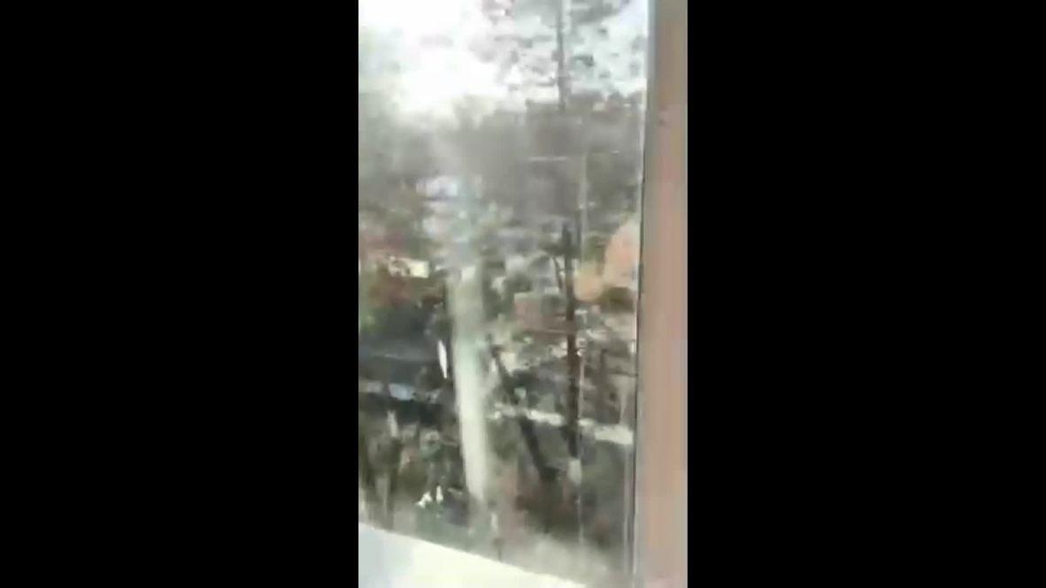 """Россия: """"Дорогу перекрыли, стреляют где-то там"""". Первые кадры из колледжа в Благовещенске"""