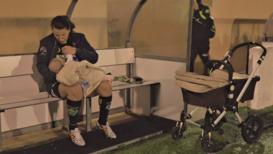 Spain: Footballer won't stop breastfeeding at training despite criticism