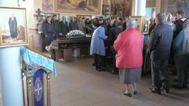 Россия: Отпевание убитой аспирантки СПбГУ Анастасии Ещенко