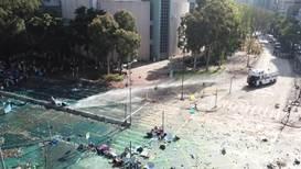 Hong Kong: Policía usa lacrimógeno y cañones de agua durante enfrentamientos en la universidad