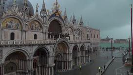 Italia: La Plaza de San Marcos completamente inundada mientras la marea crece de nuevo