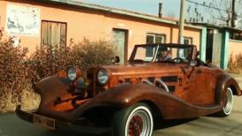 Un carpintero chino ha construido su propia réplica de un Mercedes Benz 500k con MADERA